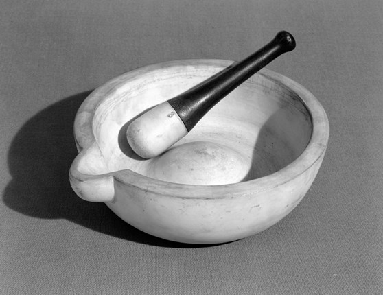 Black and white photograph of a Wedgwood mortar and pestle