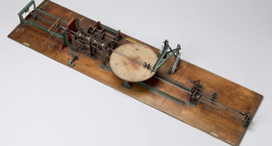 Colour photograph of a single integrator meccano model built in 1947